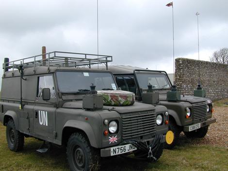 Land Rover2.jpg