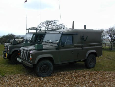 Land Rover3.jpg